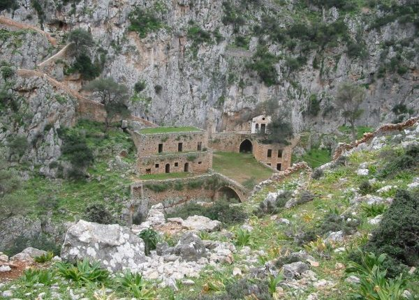 Katholiko Monastery Excursion with Taxi Or mini Coach by Chania Transfer Services